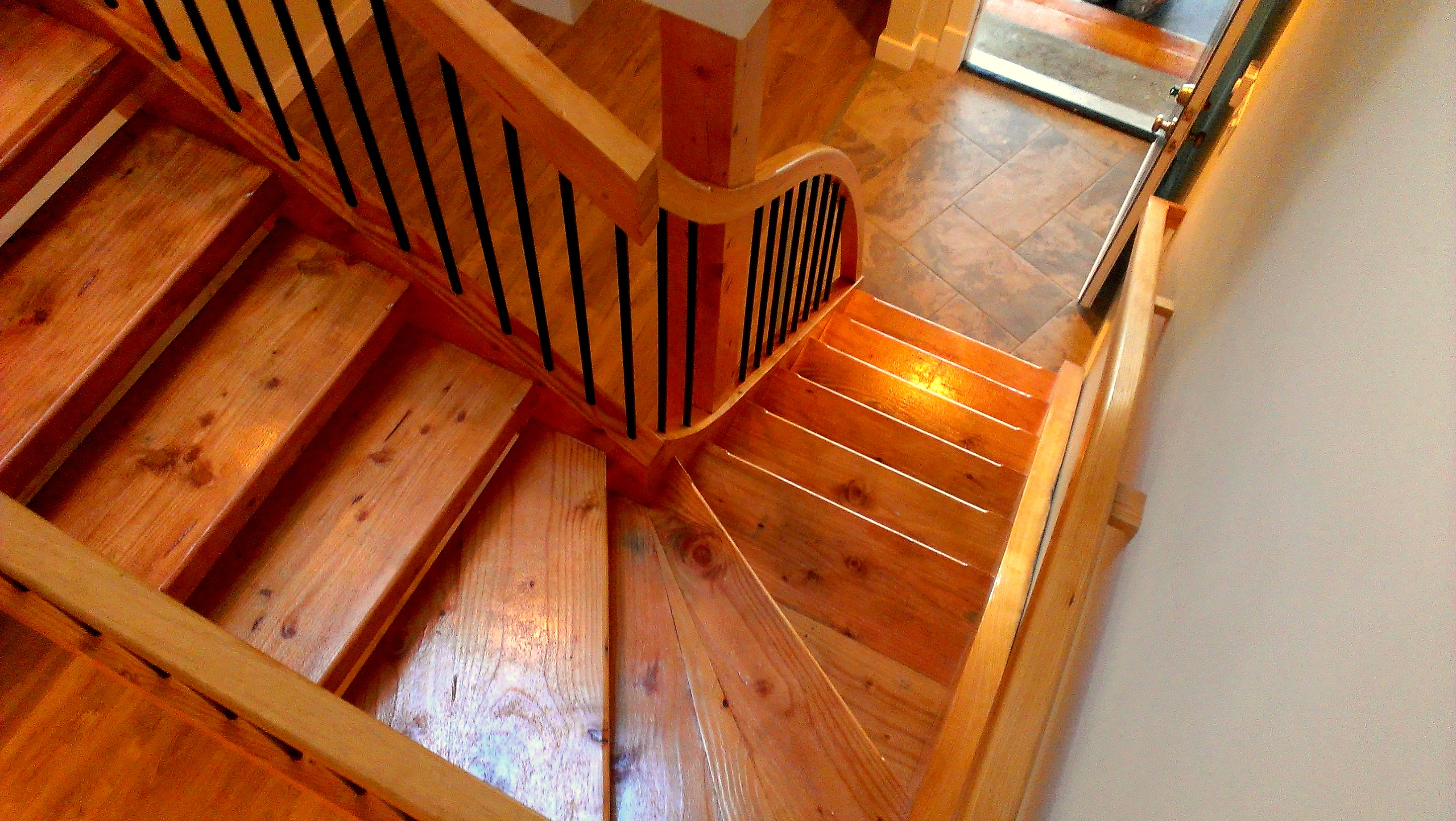 Jonker custom building portfolio nanaimo and gulf islands bc for Building winder stairs